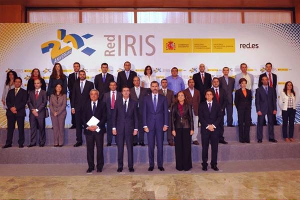 Equipo RedIRIS junto al Príncipe Felipe